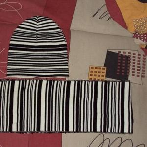 Продам комплект шапка шарф