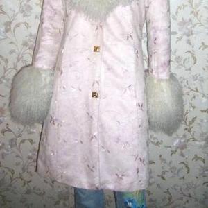 Продаётся  эксклюзивное итальянское пальто от дизайнера Саторо.