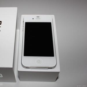 Заводской разблокирована Apple IPhone 4s 32GB (Skype :: richardson105